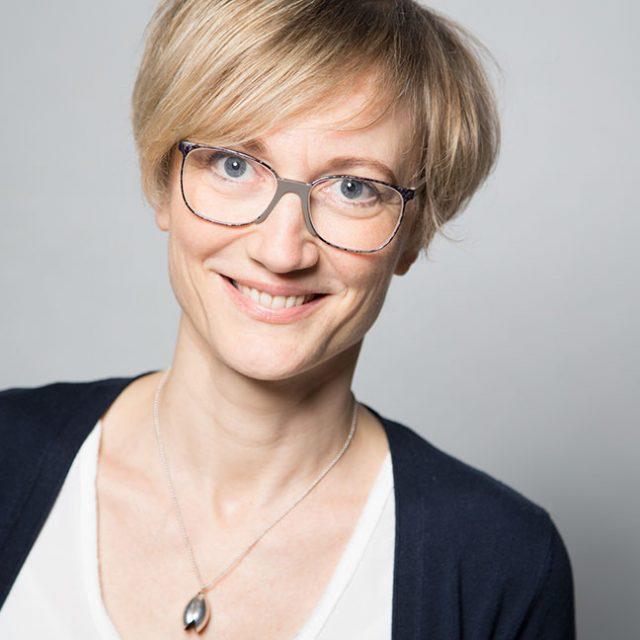 Dr. Kerstin Mauth